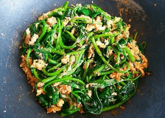 红薯叶炒肉片